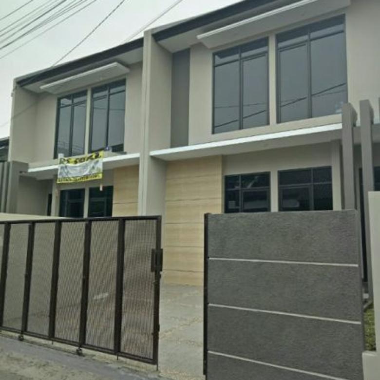 Rumah BARU tengah kota, Sayap Jalan Banteng LT:80 LB:140