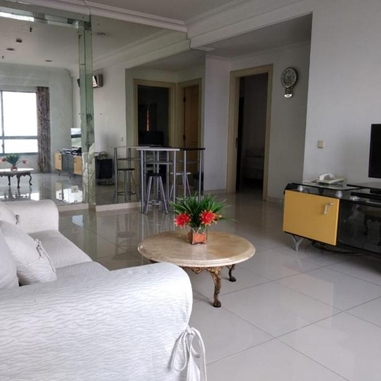 Double View, Pool & City View Apartment Beverly Surabaya