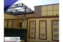 Rumah Manis Full Renovasi di kota Harapan Indah Bekasi