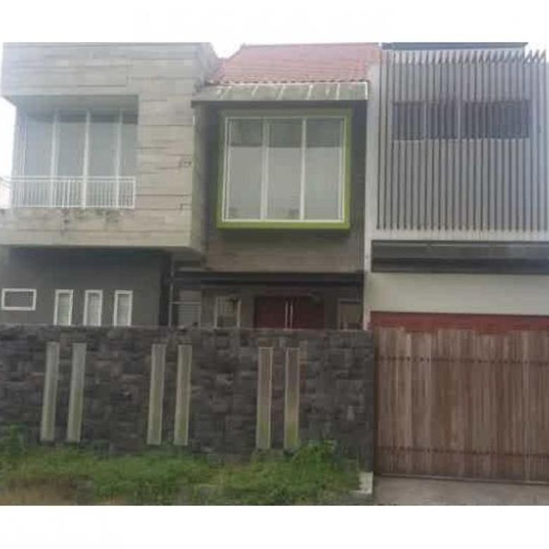 Dijual Rumah di Kompleks Graha Metropolitan Q