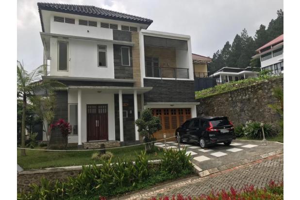 Rp6,95mily Vila Dijual
