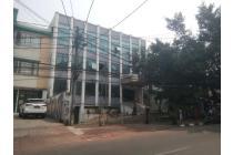 Dijual Gedung di Area Komersil Tebet Raya. MURAH **