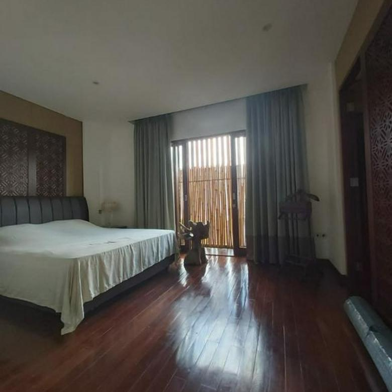 Cozy Furnished Town House at Kemang