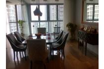 Apartment Kemang Village Tower Bloomington 3 bedroom, Fully furnished, Lux