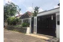 DI JUAL ! !! Cocok Untuk Investasi Rumah Pondok Kelapa - Jakarta Timur