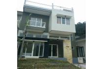 villa m54 kota batu