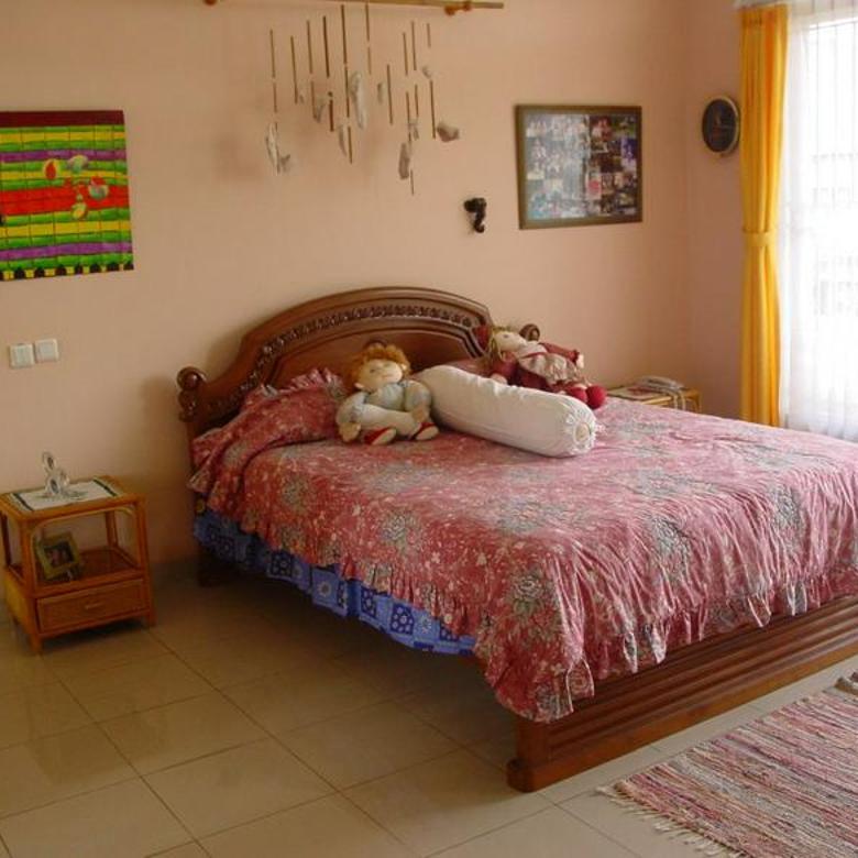 Rumah keren  siap huni siap nego aman nyaman Di BSD PuspitaLoka