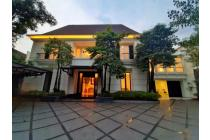 RUMAH NEW LUXURY CLASSIC MODERN SEMI FURNISH DI KEMANG JAKARTA