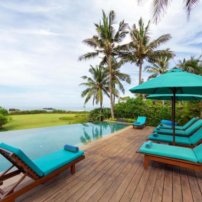 Dijual Villa Nyaman di Depan Pantai Daerah Canggu Badung Bali