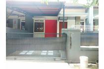 Rumah Minimalis, siap huni, dekat Griya Antapani & Superindo