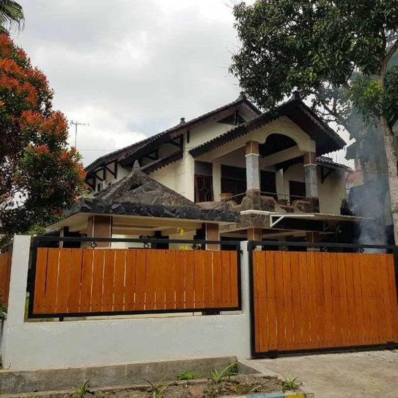 Rumah di Jalan Kolonel Sugiono Malang