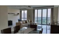 Luxurious Penthouse For Rent Senayan City 240m2