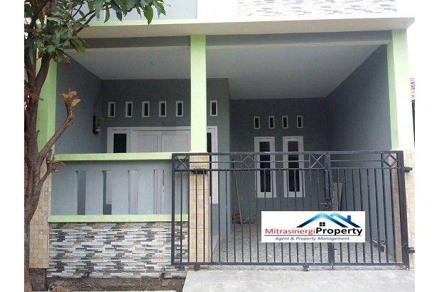 Rumah Abu Abu Manis di Villa Mutiara Gading 1 Bekasi 12398764