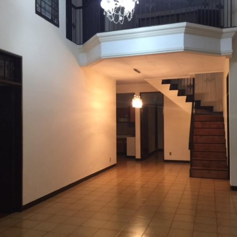 Rumah di Pondok Indah