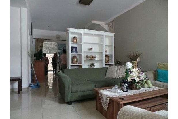 Rumah baru minimalis apik di cluster Kebayoran Terrace Bintaro 7340296