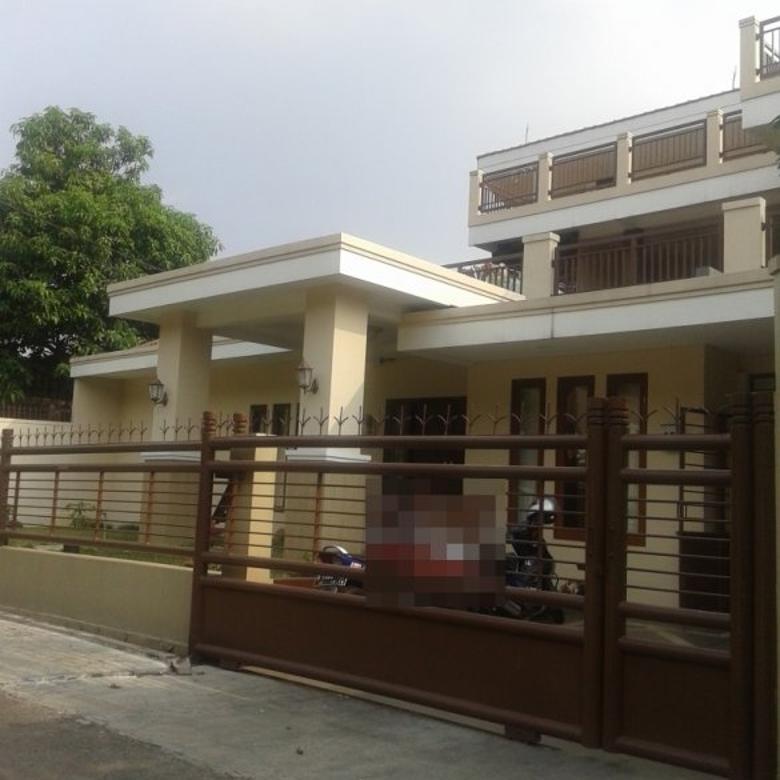 Rumah tengah kota, strategis di Sempur