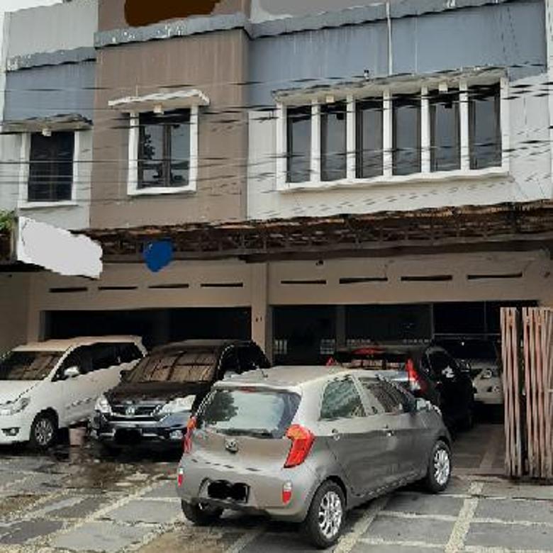 Ruko / Tempat usaha sayap BKR Lingkar Selatan (Jalan Banteng). Cocok untuk showroom atau kantor atau restoran