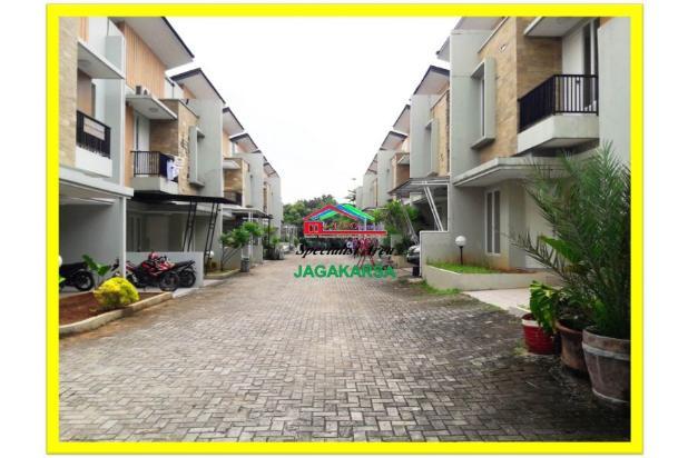 Townhouse Mewah Cantik Asri di Jagakarsa 17713586