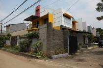 Dijual Cepat Rumah Asri Di Pangkalan Jati, 6 Bedrooms, LT 256 m2