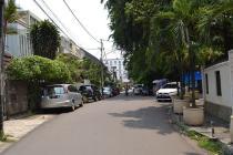 Rumah Hitung Tanah Good Location,Kebayoran Baru Jakarta Selatan