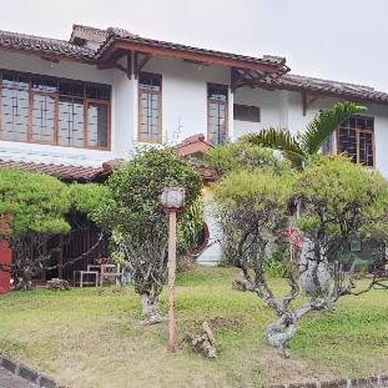 Villa Puri Indah Cocok untuk Istirahat keluarga dan Rekreasi