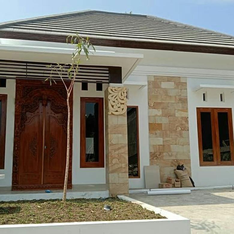 Rumah Siap Huni dan Siap Bangun, Klasik Modern, Selatan UMY