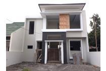 Rumah Mewah Modern Timur Jl Kaliurang Km 8 Condongcatur