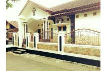 Dijual Rumah KOS Putri, Hanya 2 menit ke kampus Unsoed Purwokerto