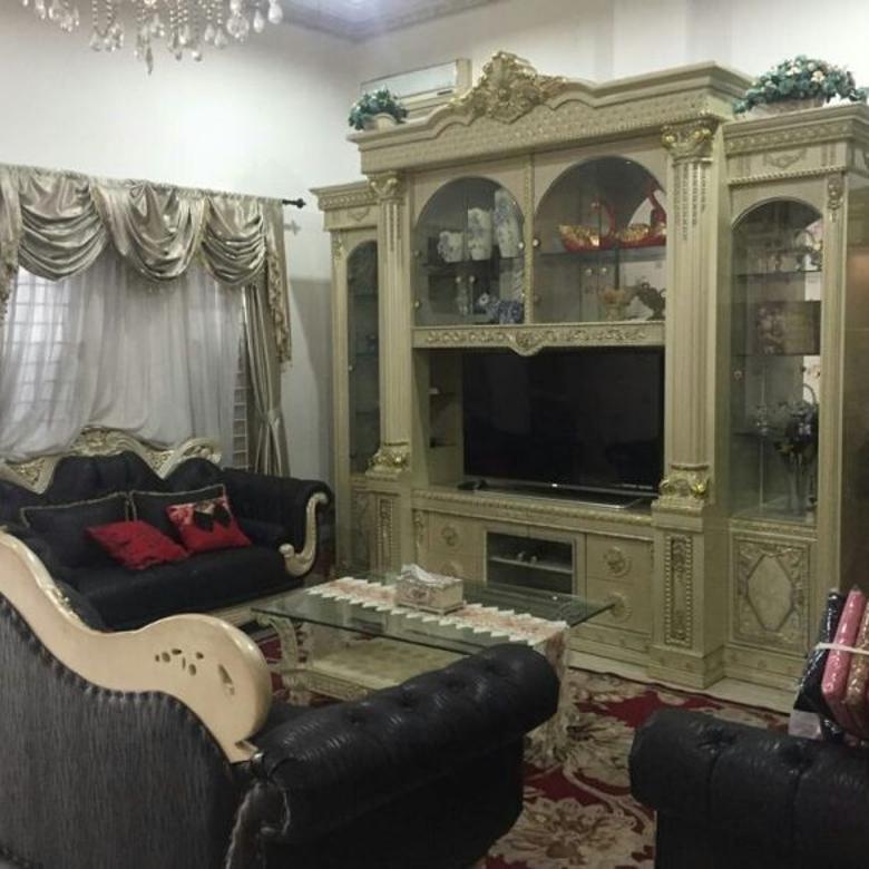 Dijual Rumah Cantik Furnished di Taman Harapan Indah Jakarta