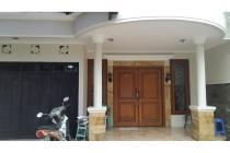 Disewakan Rumah Bagus 3 Lantai lebar 8, Duri Kepa, Tanjung Duren