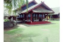 Villa Di Pantai Carita Anyer
