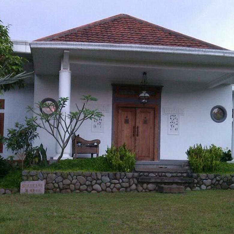 Rumah Villa Nyaman Udara Sejuk di Lembang