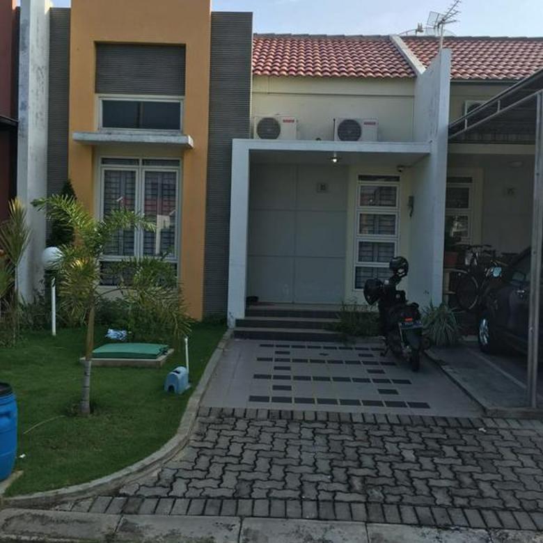 Rumah Avonia Graha Padma