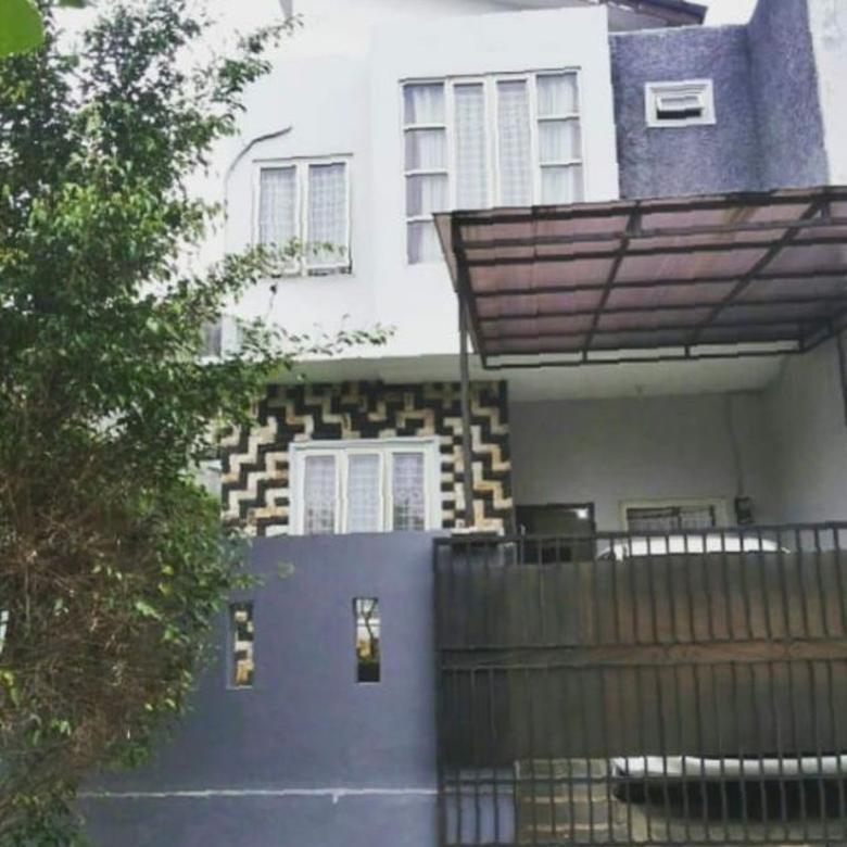 Rumah 2 Lantai, Asri, Nyaman & Tenang di MEGAPOLITAN CINERE ES