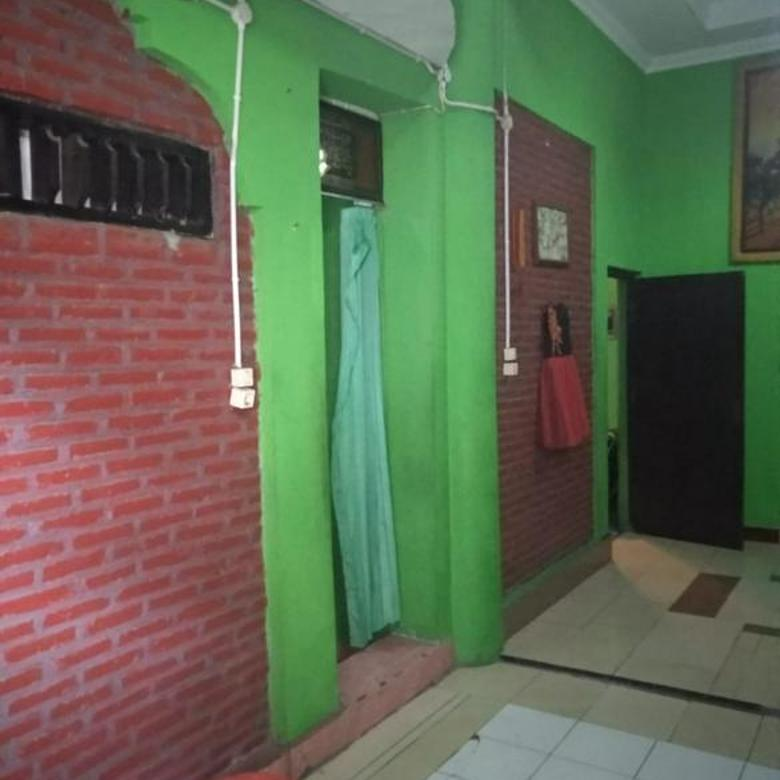 Rumah Dekat galaxy Waterpark Jogjakarta(DR.615)