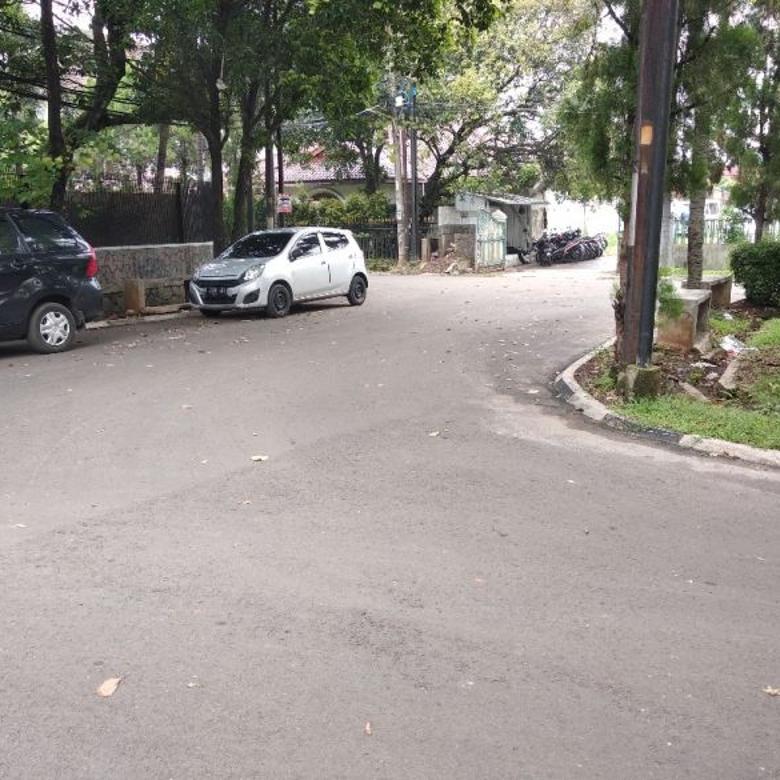 Rumah Hitung Tanah di Lokasi Sangat Premium di Cilandak/