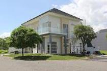 RUMAH DIJUAL: ERA KITA Rumah Baru Lux di Granada Pakuwon Indah - Surabaya