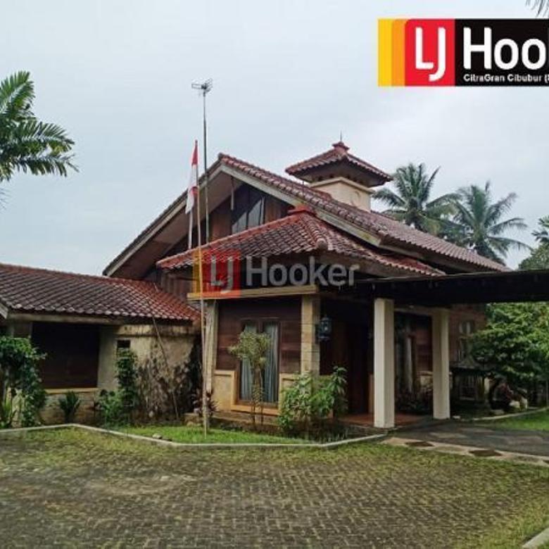 Villa di kawasan Cihideung Bogor