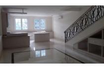 Rumah Mewah Brand New Menteng Elite Area Lantai Marmer