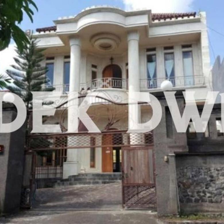 Rumah mewah Gatsu barat denpasar dkt Mahendradata buluh indah