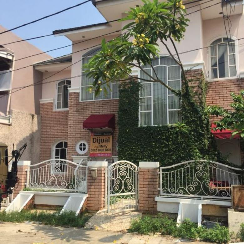 Rumah dijual Design Unik Jatibening Bekasi