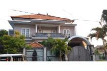 Rumah lantai 2 di sekar tunjung gatsu timur dekat wr supratman dentim