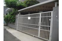 HOUSE FOR RENT @ CIOMAS, KEBAYORAN BARU, JAKARTA SELATAN, $ 3600/MONTH,