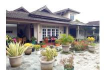 Rumah di pinggir jalan raya Panjitilar
