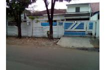 Rumah Lokasi Strategis di Cendrawasih Cengkareng