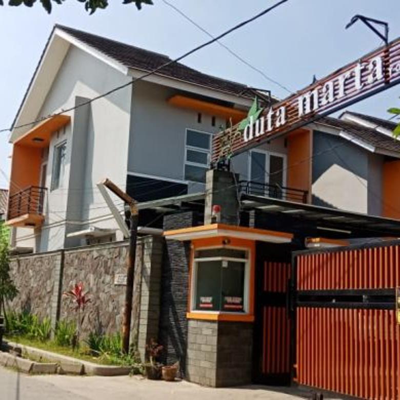 Rumah minimalis modern Komplek Duta Matra Maleber