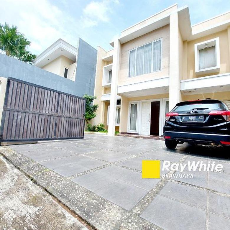 Rumah di Vila Delima, Lebak Bulus, Dalam Kompleks Perumahan, Siap Huni, Private Pool, SHM