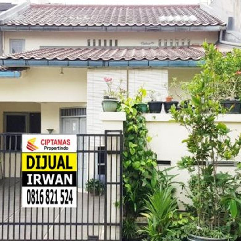 Rumah Asri 1 1/2 Lantai di Kompleks Kebon Jeruk Indah – JakBar