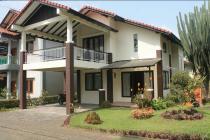 DISEWAKAN Villa Daisy Full Furnish di Villa Istana Bunga Lembang Bdg