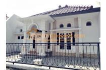 DREAMPROPERTI | Rumah lokasi execlusive istana dieng malang
